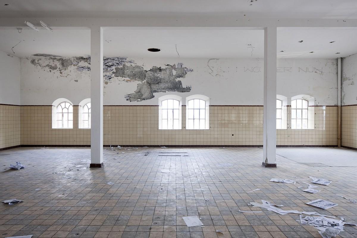»wo wer nun«  malerei/papier und wand comic-collage kabawerke, »horst«, bremen 2010